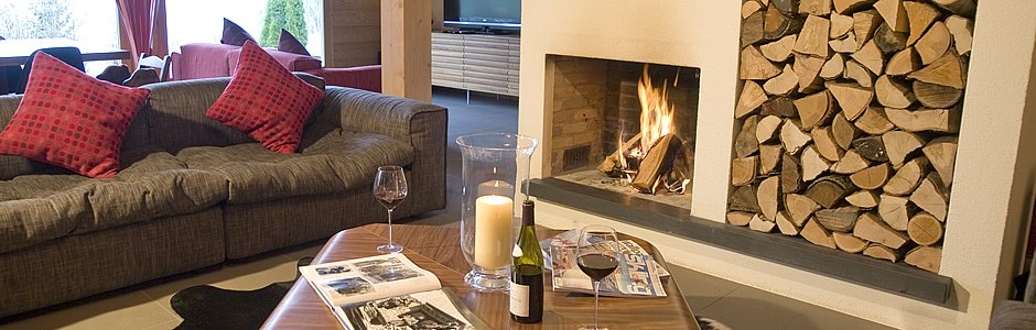 Relax by an open fire at Maison Blanche & Verte